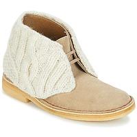 Cipők Női Csizmák Clarks DESERT BOOT Homokszín / Combi
