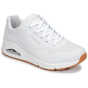 Cipők Női Rövid szárú edzőcipők Skechers UNO Fehér