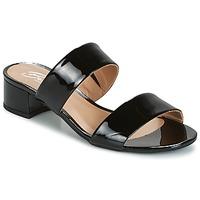 Cipők Női Papucsok Betty London BAMALEA Fekete  / Lakkozott