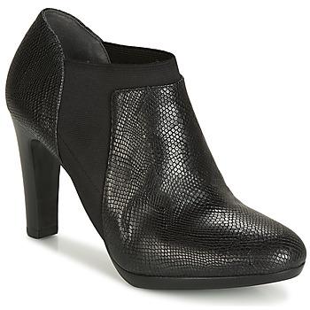 Cipők Női Csizmák André PETUNIA Fekete