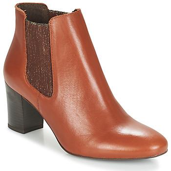 Cipők Női Csizmák André FONDANT Teve