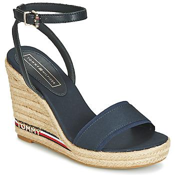 Cipők Női Szandálok / Saruk Tommy Hilfiger ELENA 78C1 Tengerész