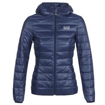 Ruhák Női Steppelt kabátok Emporio Armani EA7 TRAIN CORE LADY LT DOWN JACKET Tengerész