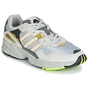 Cipők Férfi Rövid szárú edzőcipők adidas Originals YUNG 96 Bézs