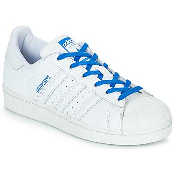 Cipők Lány Rövid szárú edzőcipők adidas Originals SUPERSTAR J Fehér / Kék
