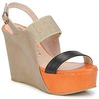 Cipők Női Szandálok / Saruk Paco Gil RITMO OULA Sokszínű