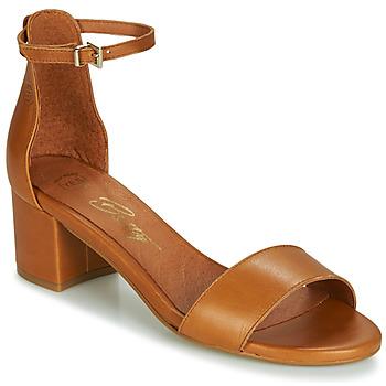 Cipők Női Szandálok / Saruk Betty London INNAMATA Teve