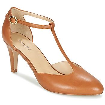 Cipők Női Félcipők André FALBALA Teve