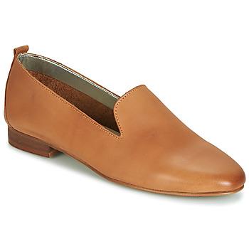 Cipők Női Mokkaszínek André ROMANS Teve