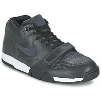 Cipők Férfi Rövid szárú edzőcipők Nike AIR TRAINER 1 MID Fekete