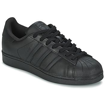 Cipők Férfi Rövid szárú edzőcipők adidas Originals SUPERSTAR FOUNDATION Fekete
