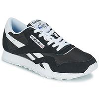 Cipők Rövid szárú edzőcipők Reebok Classic CL NYLON Fekete  / Fehér