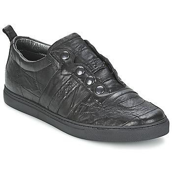 Cipők Férfi Rövid szárú edzőcipők Bikkembergs SOCCER CAPSULE 522 Fekete