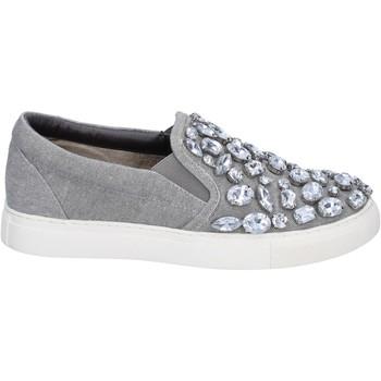 Cipők Női Belebújós cipők Sara Lopez Tornacipő BT992 Szürke