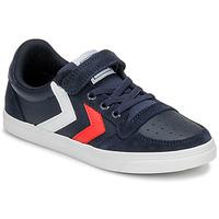 Cipők Gyerek Rövid szárú edzőcipők Hummel SLIMMER STADIL LEATHER LOW JR Kék