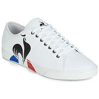 Cipők Férfi Rövid szárú edzőcipők Le Coq Sportif VERDON BOLD Fehér