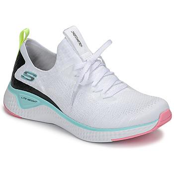 Cipők Női Fitnesz Skechers FLEX APPEAL 3.0 Fehér / Rózsaszín / Kék