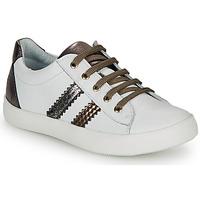 Cipők Lány Rövid szárú edzőcipők GBB MAPLUE Fehér