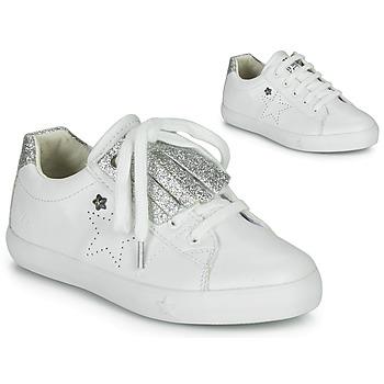 Cipők Lány Rövid szárú edzőcipők Ikks MOLLY Fehér / Ezüst