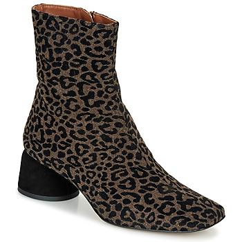 Cipők Női Csizmák Castaner LILO Barna