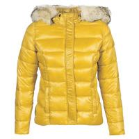 Ruhák Női Steppelt kabátok Kaporal PERLE Citromsárga