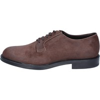 Cipők Férfi Oxford cipők & Bokacipők Triver Flight BS729 Barna