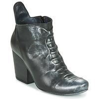 Cipők Női Bokacsizmák Papucei LYLIENE BLACK Fekete