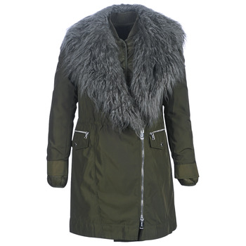 Ruhák Női Parka kabátok Guess NEREA Keki