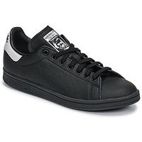 Cipők Rövid szárú edzőcipők adidas Originals STAN SMITH Fekete  / Fehér