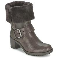 Cipők Női Csizmák Clarks PILICO PLACE Barna