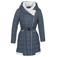 Ruhák Női Steppelt kabátok Betty London LOLAPO Kék / Tengerész