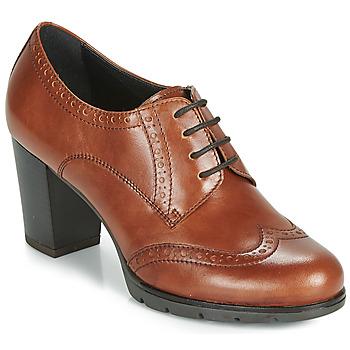 Cipők Női Oxford cipők André MAESTRO Konyak