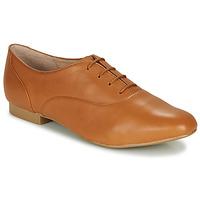 Cipők Női Oxford cipők André EXQUIS Teve