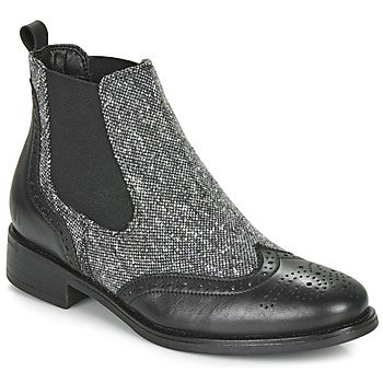 Cipők Női Csizmák André EGLANTONE Fekete