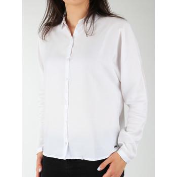 Ruhák Női Ingek / Blúzok Wrangler Koszula  Relaxed Shirt W5213LR12 biały