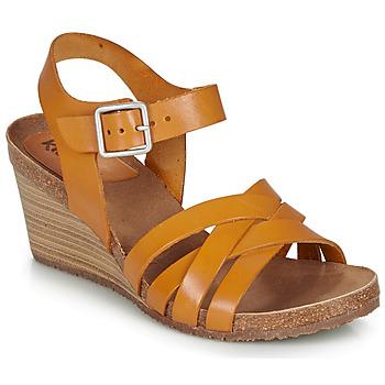 Cipők Női Szandálok / Saruk Kickers SOLYNA Teve