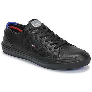 Cipők Férfi Rövid szárú edzőcipők Tommy Hilfiger CORE CORPORATE FLAG SNEAKER Fekete