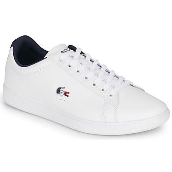 Cipők Férfi Rövid szárú edzőcipők Lacoste CARNABY EVO TRI1 SMA Fehér