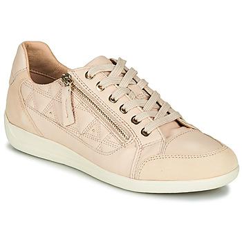 Cipők Női Rövid szárú edzőcipők Geox D MYRIA Bőrszínű / Bézs