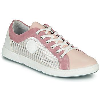 Cipők Női Rövid szárú edzőcipők Pataugas JOHANA Homokszín