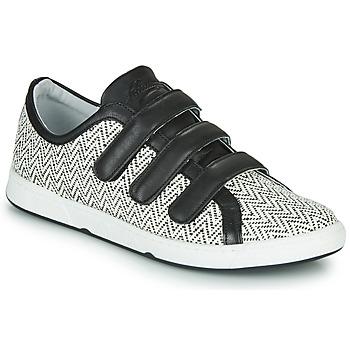 Cipők Női Rövid szárú edzőcipők Pataugas JULIETTE Fekete  / Fehér