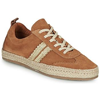 Cipők Női Gyékény talpú cipők Pataugas PIA Konyak / Arany