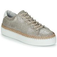 Cipők Női Rövid szárú edzőcipők Pataugas SELLA/T Ezüst
