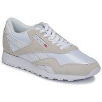 Cipők Rövid szárú edzőcipők Reebok Classic CL NYLON Fehér / Bézs