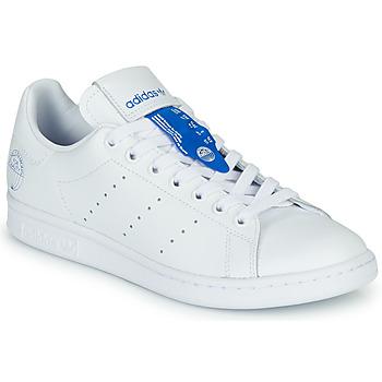 Cipők Rövid szárú edzőcipők adidas Originals STAN SMITH Fehér