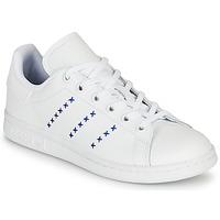 Cipők Gyerek Rövid szárú edzőcipők adidas Originals STAN SMITH J Fehér / Kék