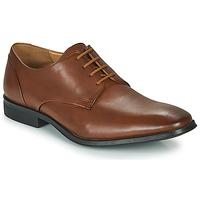 Cipők Férfi Oxford cipők Clarks GILMAN PLAIN Barna