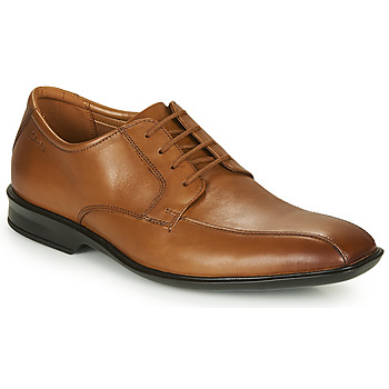 Cipők Férfi Oxford cipők Clarks BENSLEY RUN Barna