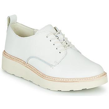 Cipők Női Oxford cipők Clarks TRACE WALK Fehér