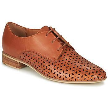 Cipők Női Oxford cipők André BARNA Teve